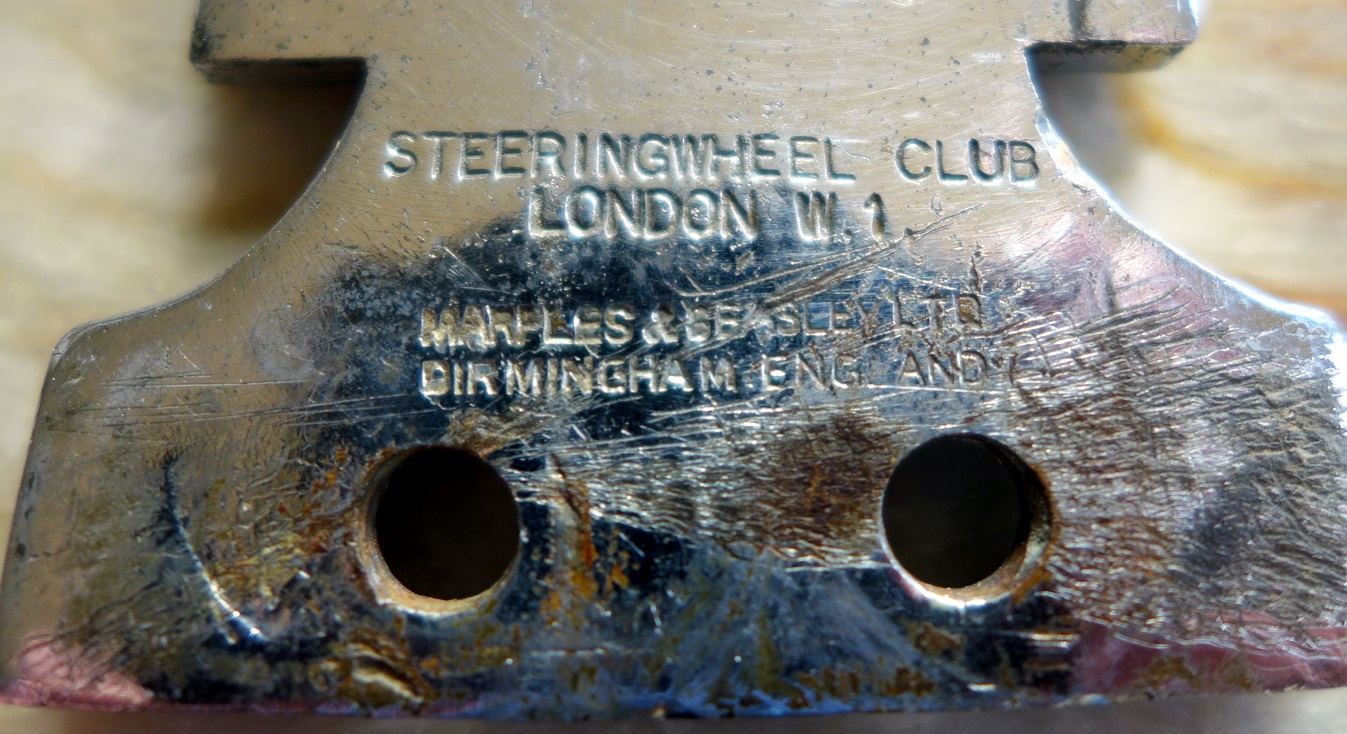 Steeringwheel Club original vintage car badge