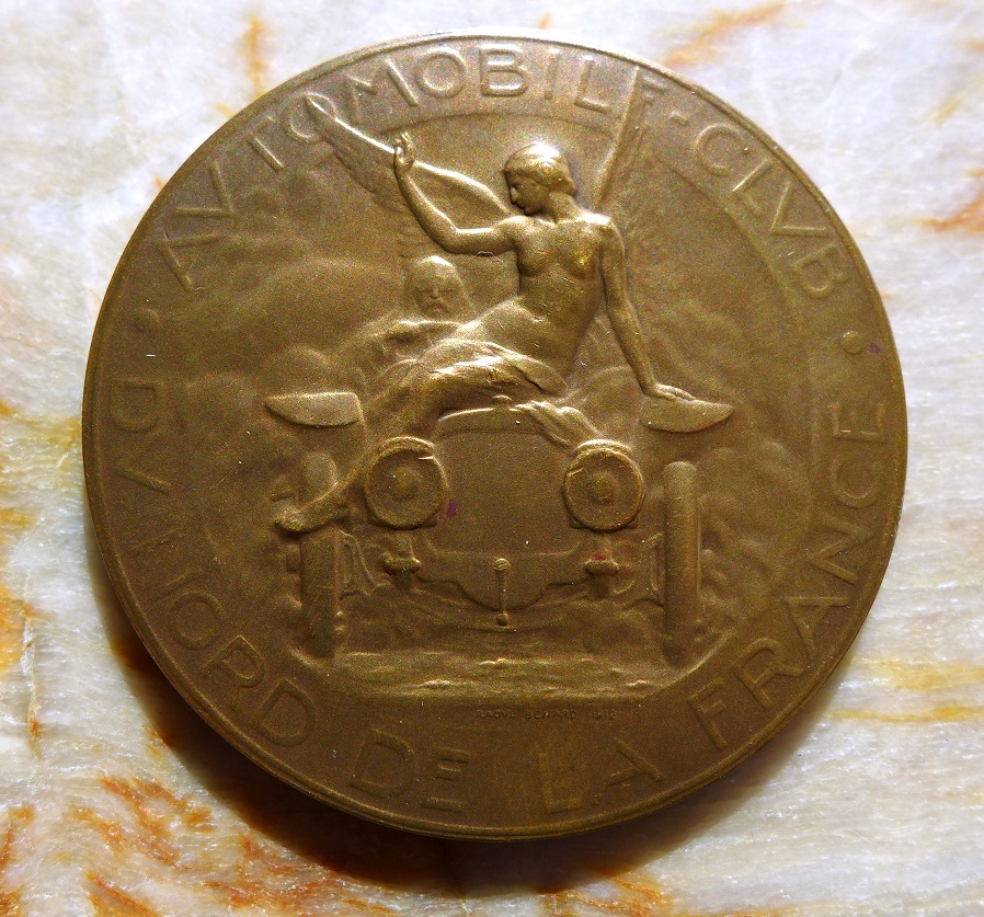Automobile Club du Nord de la France, 1927, original vintage medallion