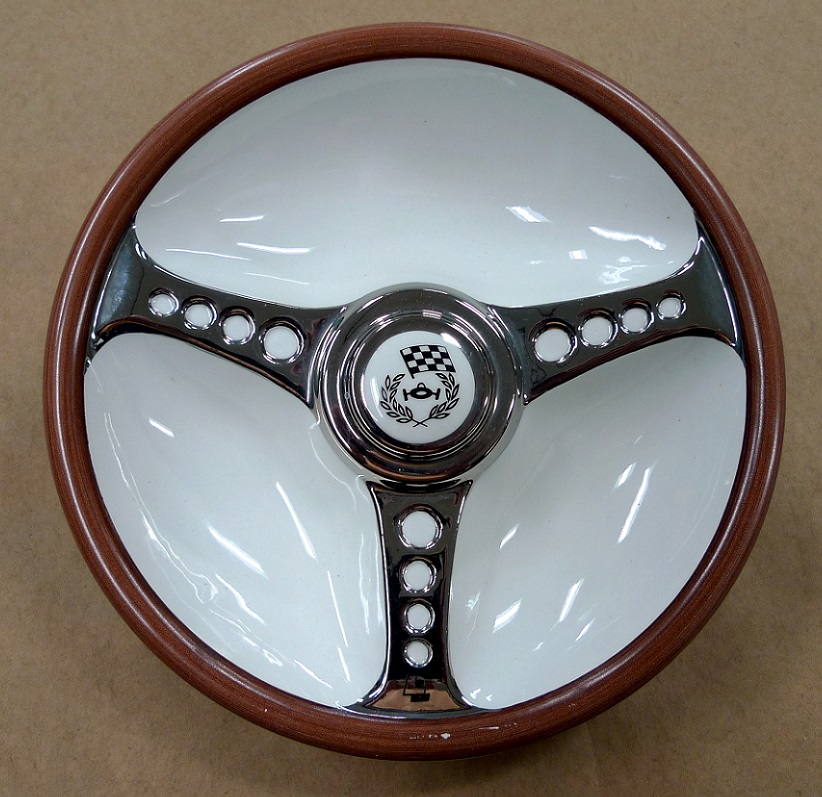 Les Leston original vintage wood steering wheel ceramic ash tray