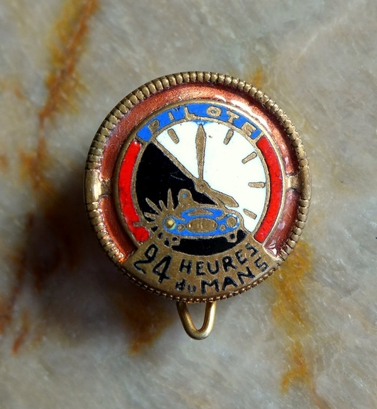 Pilote Le Mans original vintage racing pin